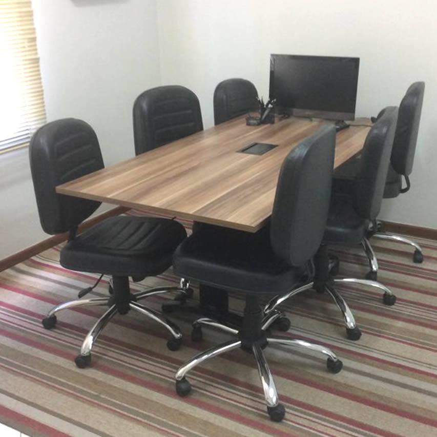 escritório com cozinha