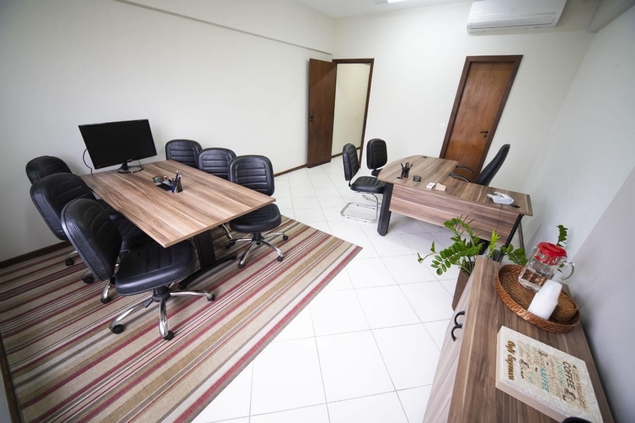 escritório com internet